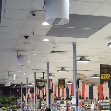 Destratification Retail Aisle Series Fan Installation