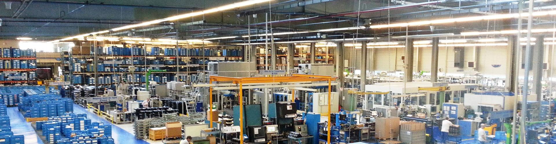 Destratification Fan System Warehouses Slider 6